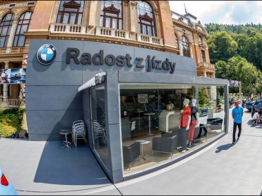 BMW - zajištění promozóny na KVIFF | Event Deco
