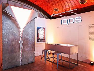 Eventdeco_Designblok_IQOS world_instalace_výroba