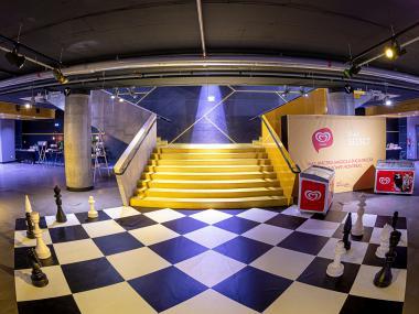 Eventdeco_Shell_dekorace_scénografie_výroba na míru_Fórum Karlín