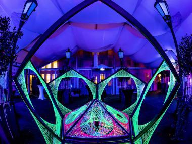 Eventdeco_Žofín garden_UV party_dekorace_Signal festival